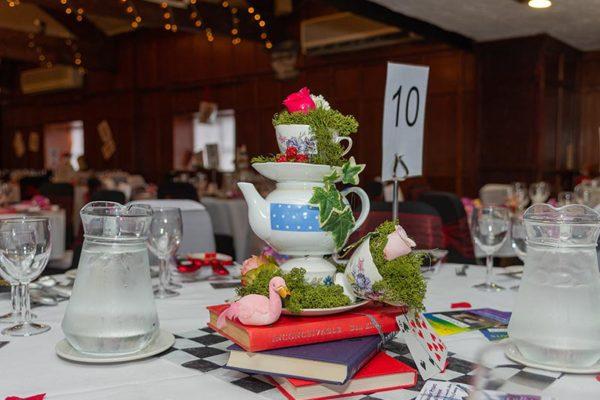 Table-Setting-Teapots